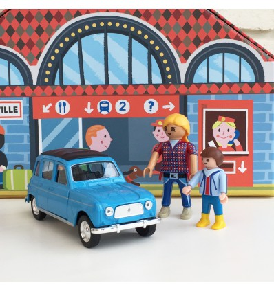 Voiture Renault 4L bleue